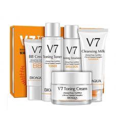 Подарочный набор с витаминным комплексом BIOAQUA V7 Toning Light Vtamins